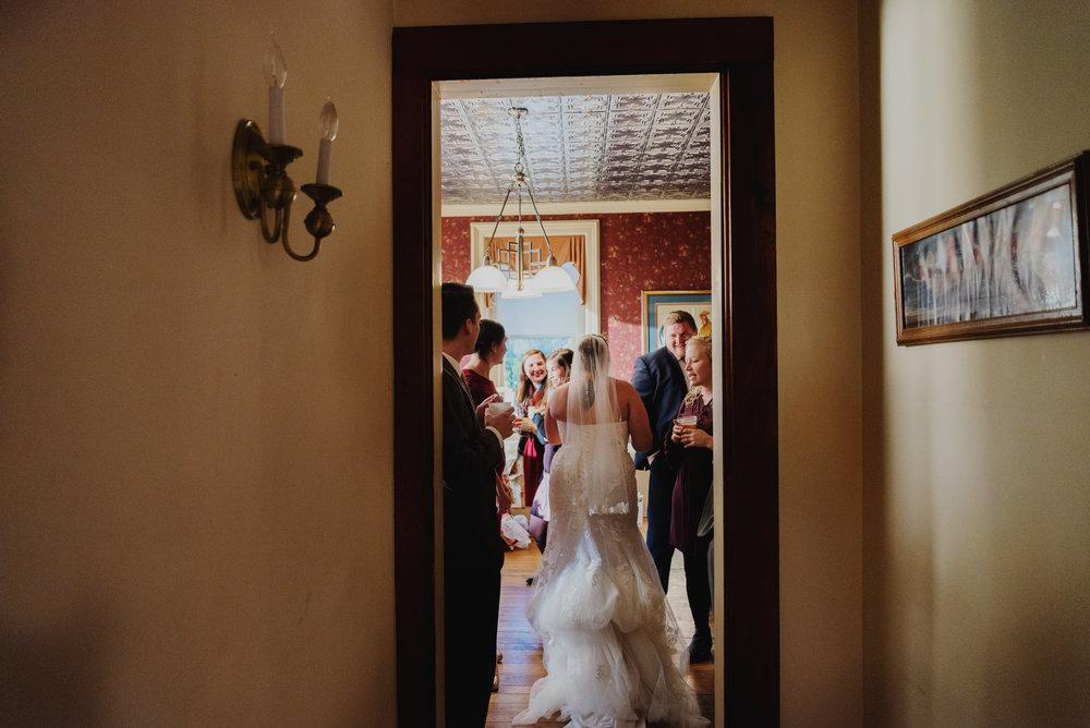 Moreno-Briskey-Renwick-Mansion-Iowa-Wedding_0160.jpg
