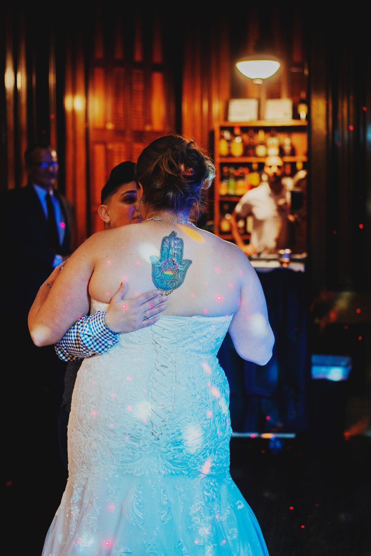 Moreno-Briskey-Renwick-Mansion-Iowa-Wedding_0182.jpg