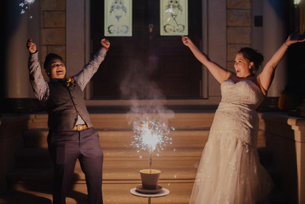 Moreno-Briskey-Renwick-Mansion-Iowa-Wedding_0191.jpg