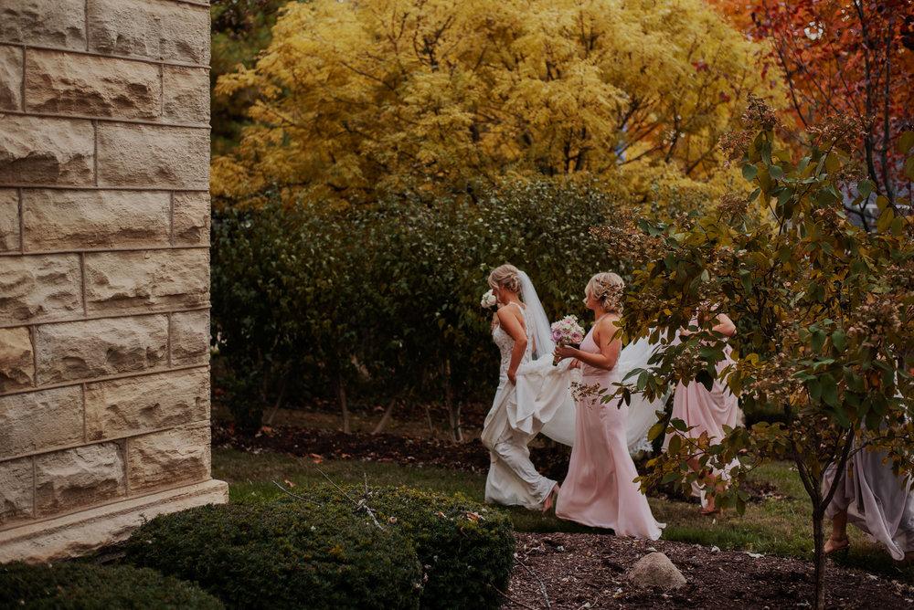 Damm-WaterfallGlen-DinolfoBanquet-Wedding_0064.jpg