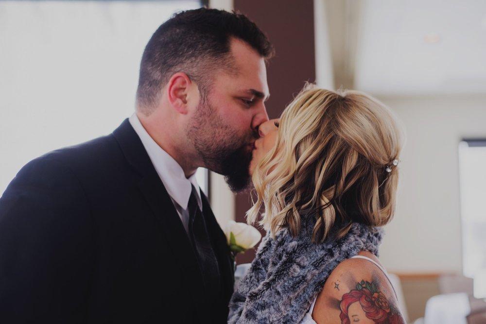 008_Peterson-Villa-Olivia-Bartlet-Wedding_0014_villaoliviawedding.jpg