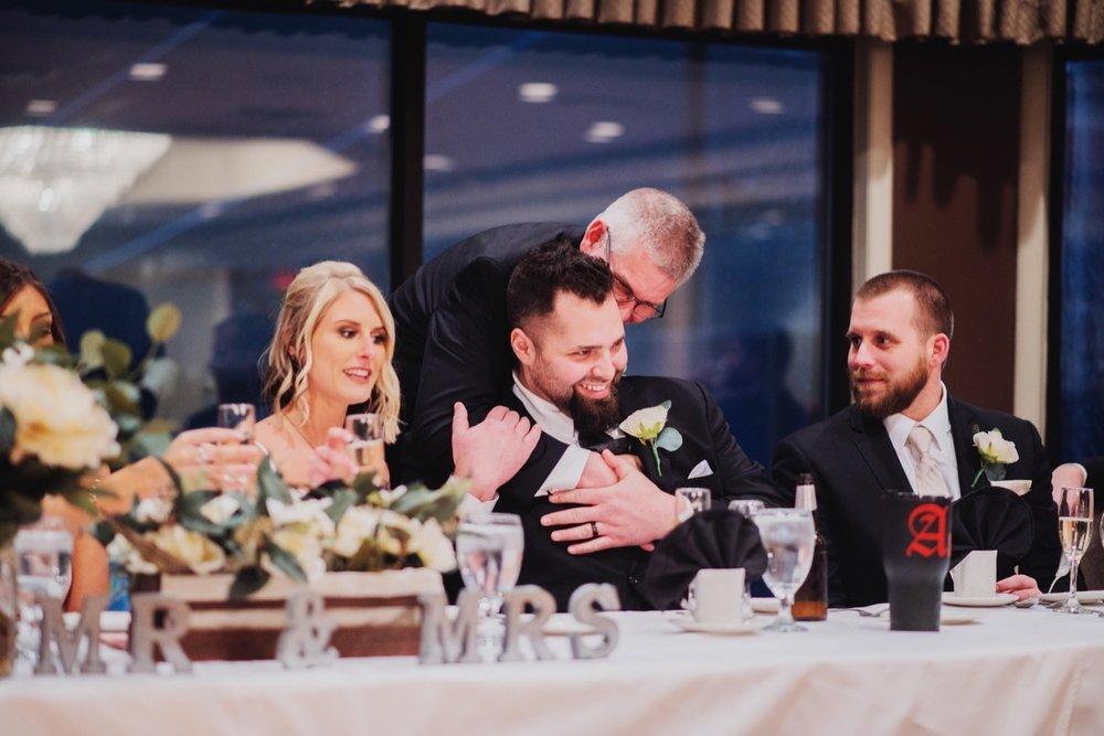 062_Peterson-Villa-Olivia-Bartlet-Wedding_0085.jpg