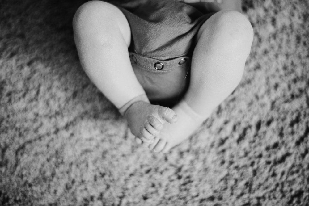 19_DanielWilliam-Newborn_0485.jpg