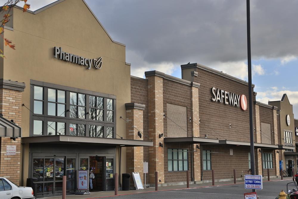 REN - Renton Safeway #4.JPG
