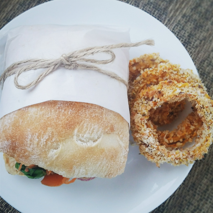 Vegetable sandwich and baked onion rings