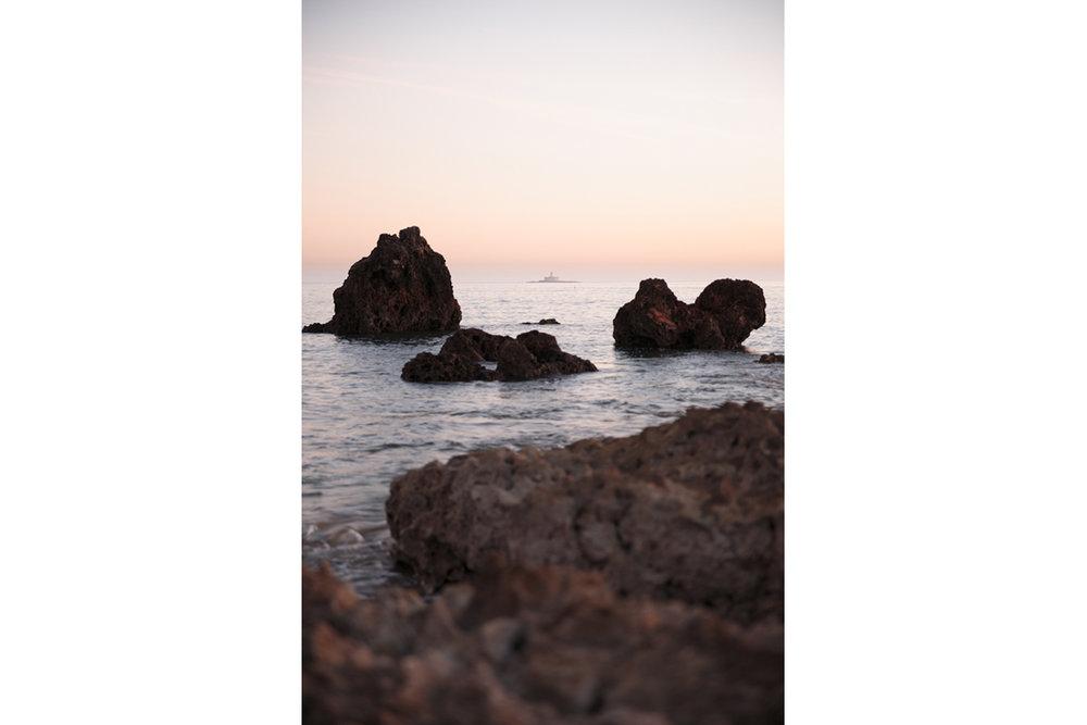 No Edit White Balance - 6000K S - 1/13 F - 2.8 ISO - 100 @ 24mm Color Profile - Canon Faithfull