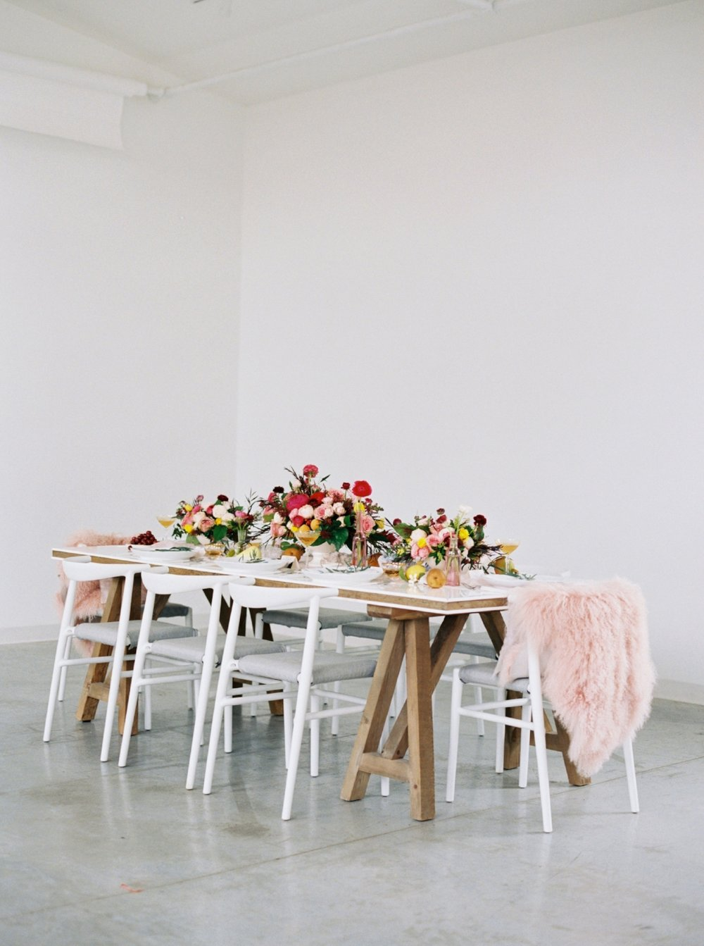12th-Table-WEDDING-RENTALS-NASHVILLE-Design-Tips-Hosting-ENTERTAINING-Series-HannahCrowell-HowIHost-Photograph #