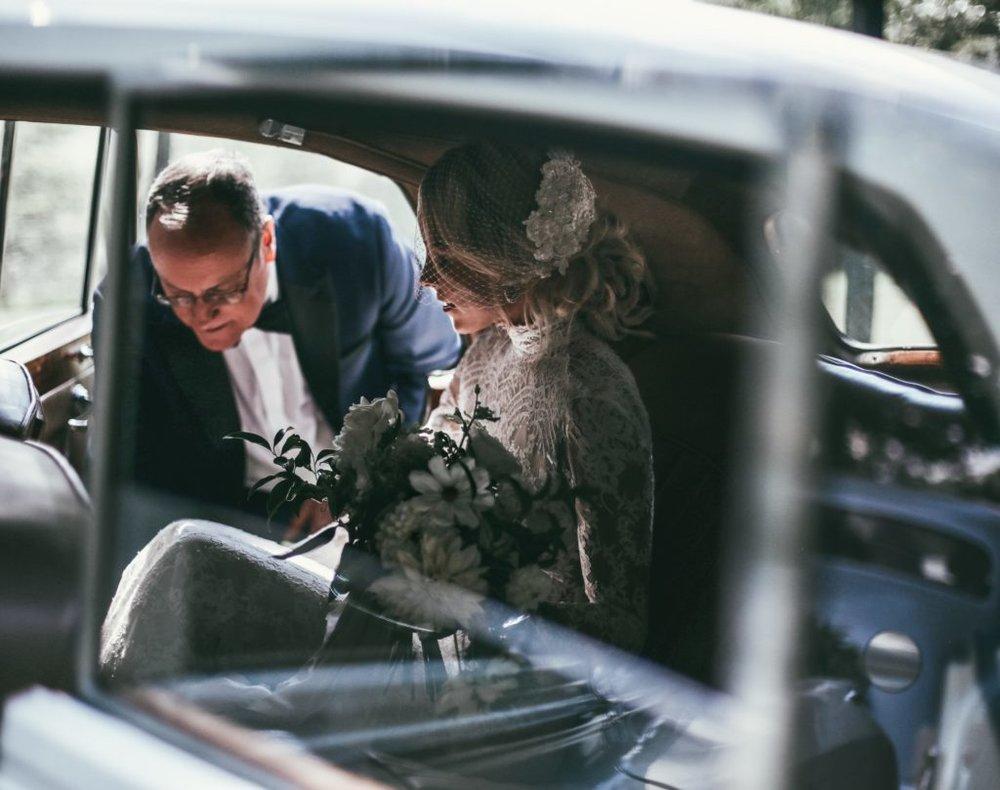 Mary-Lawless-HAPPILY-GREY-WEDDING-12th-Table-Nashville-Wedding-30.jpeg