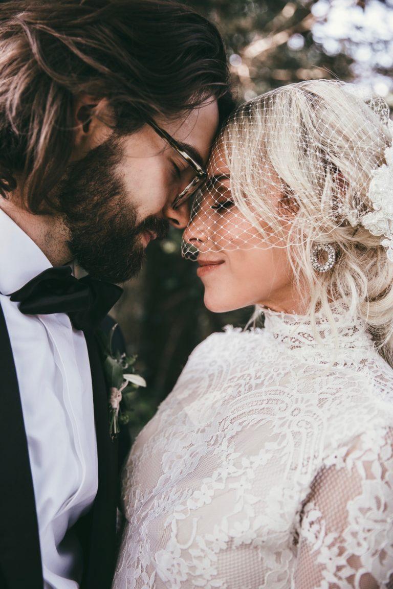 Mary-Lawless-Lee-HAPPILY-GREY-WEDDING-12th-Table-Nashville-Wedding-34.jpeg