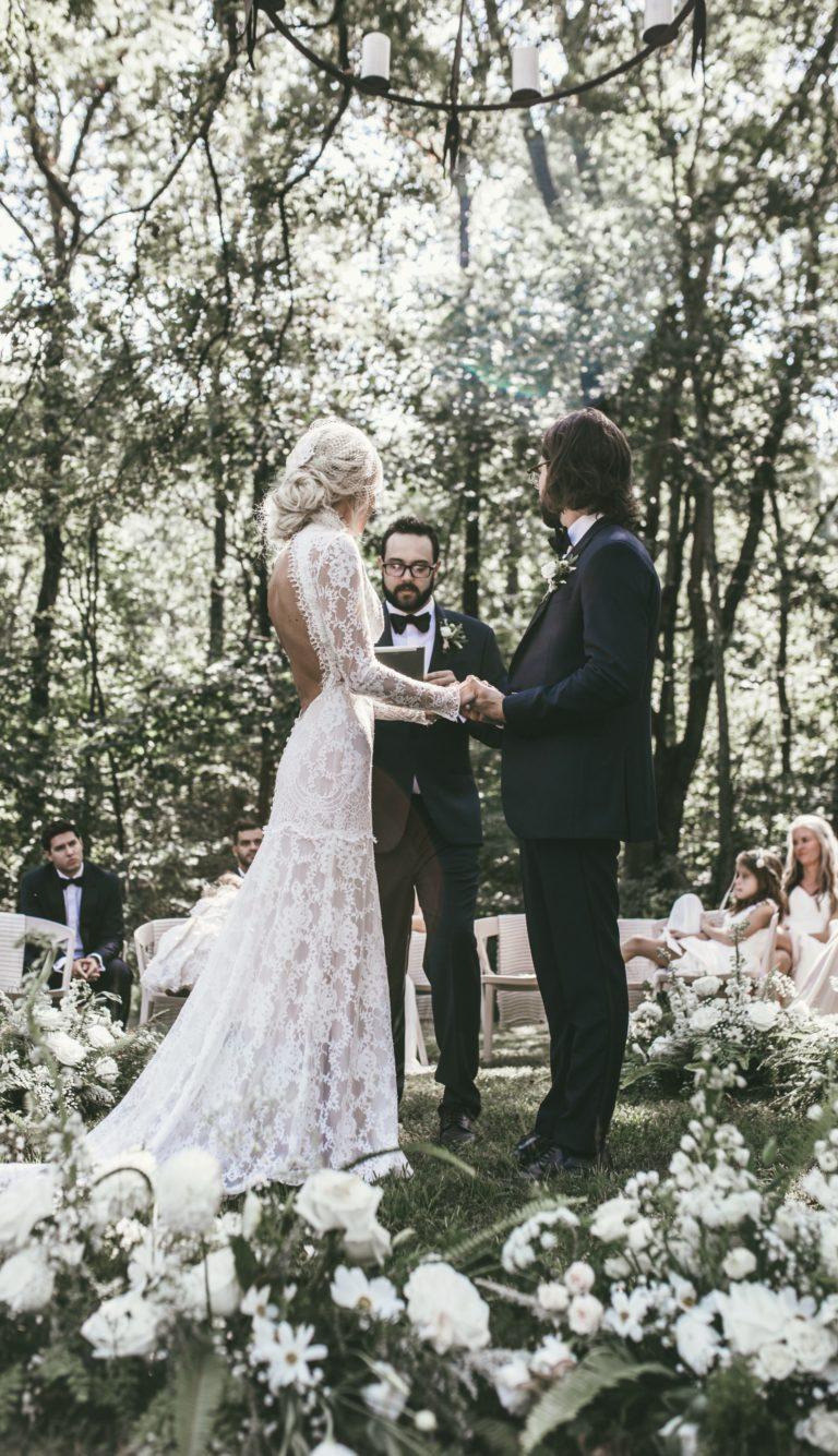 Mary-Lawless-Lee-HAPPILY-GREY-WEDDING-12th-Table-Nashville-Wedding-33.jpeg