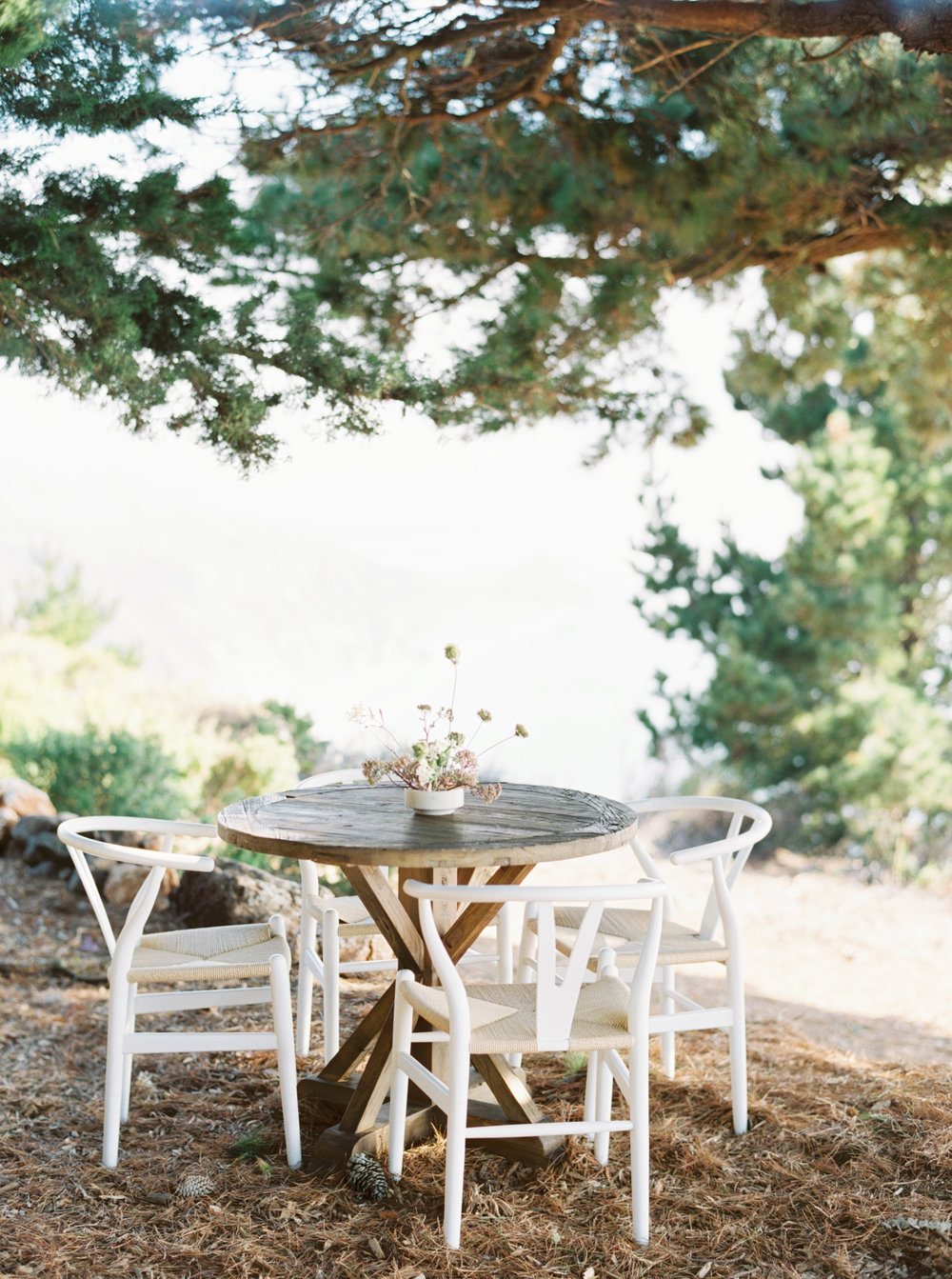 12th-Table-BIG-SUR-WEDDING-Erich-McVey-1