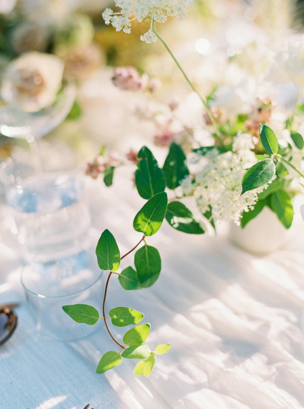 12th-Table-BIG-SUR-WEDDING-Erich-McVey-15