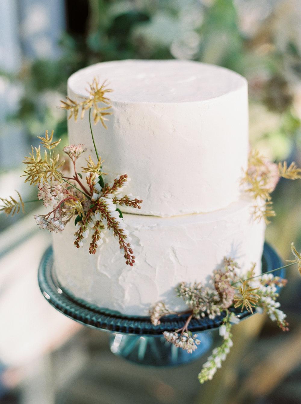 12th-Table-BIG-SUR-WEDDING-Erich-McVey-19
