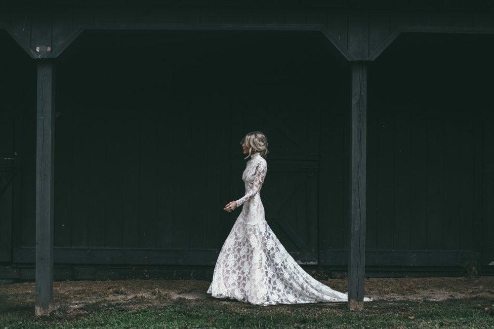 Mary-Lawless-Lee-HAPPILY-GREY-WEDDING-Mary-Seng-12th-Table-Wedding-Planning-18.jpeg