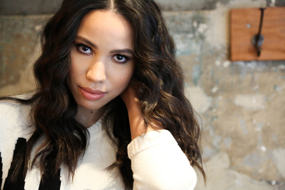 jurnee-smollett-bell-photos-2016.jpg