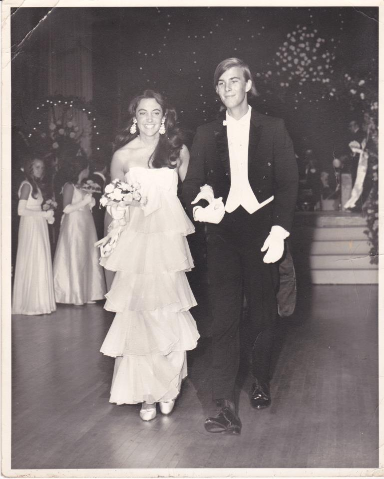 In 1970, Linda made her debut at the famous Infirmary ball at the Waldorf-Astoria. That night she had no idea her handsome escort from Bal Harbour would eventually  become her husband. They've been married 40 years and have two children and a grandchild.