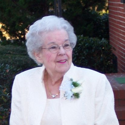 Lynn Ivey founded The Ivey Memory Wellness Day Center as a tribute to her beloved mother,, who had Alzheimer's.
