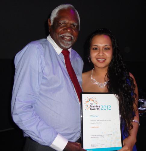 President Banambi Wunungmurra & Winner of 2012 ATSI Award Lisa Oosen