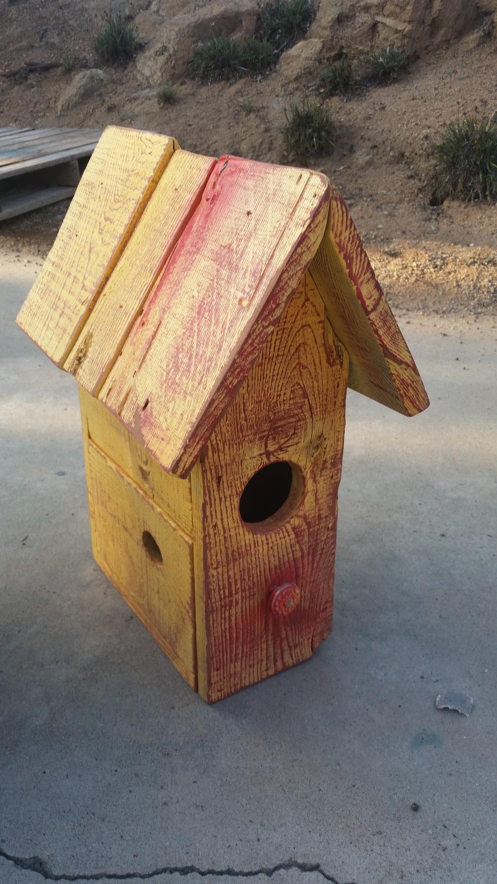Hand-Made & Painted Bird house #Vintageredwhiteandbooze