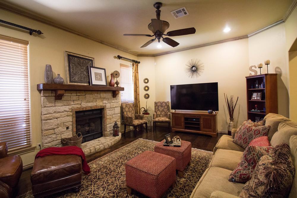 Katie Smith Living Room-5.jpg