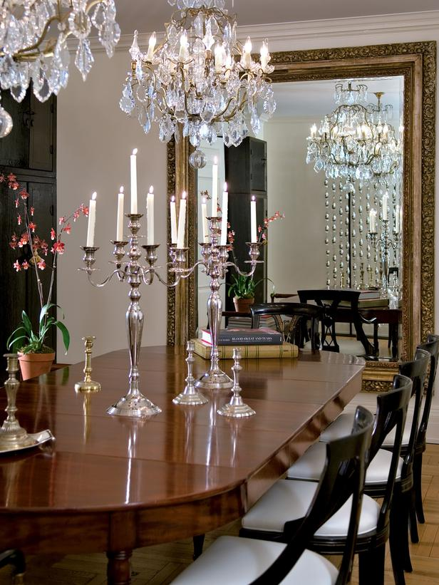 CI-Farrow-And-Ball-The-Art-of-Color-pg114_dining-room-chandelier_3x4_lg.jpg
