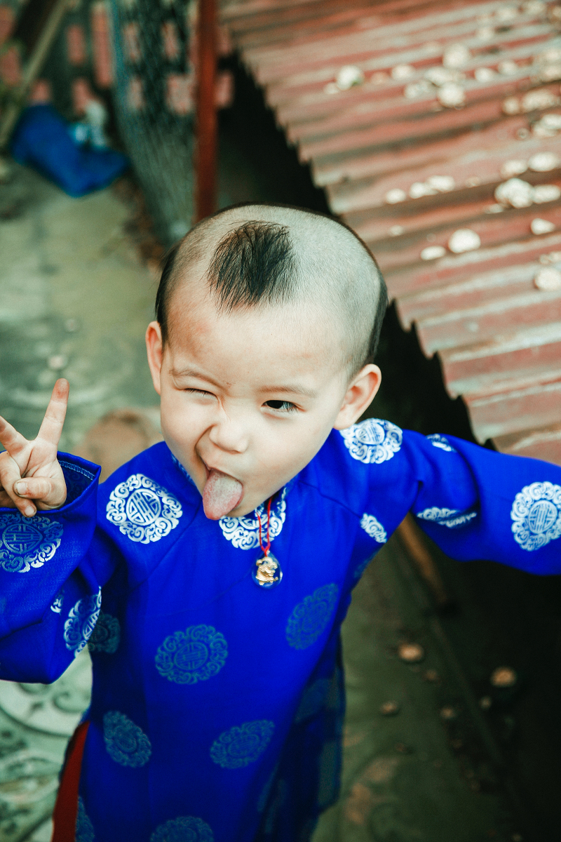 Photo by  Tong Nguyen van  on  Unsplash