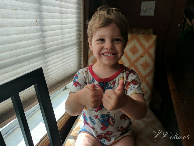 toddler thumbs up