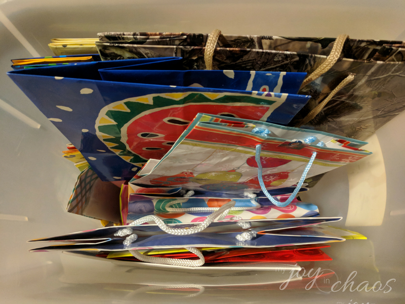 gift bag storage & 2017 Clutter Buster Challenge Week 51: Wrapping Paper u0026 Gift Bags ...