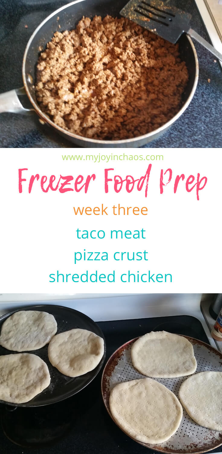 Make meals easier by prepping components ahead of time in this Freezer Food Prep party. Cook taco meat, pizza crusts, and shredded chicken for easy dinners.