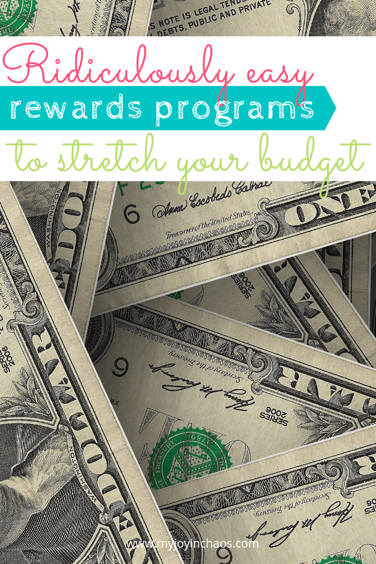 Stretch your budget and pad your wallet with these easy to use grocery reward programs. Start earning today!