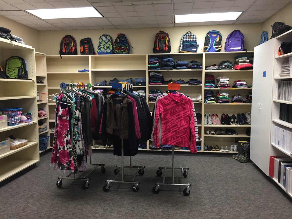 Helping local families in need. - The Resource Rooms at Chehalem Valley Middle School and Mountain View Middle School. Contact Sarah Foster to serve and support the Chehalem Valley Middle School. 503-998-4880.Contact Barb Catts to serve and support the Mountain View Middle School. 503-860-0641.