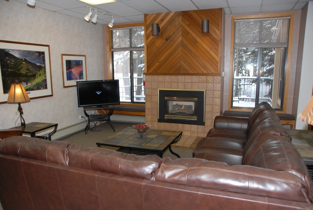 Z Clubhouse Sitting Area 2 Resized.jpg