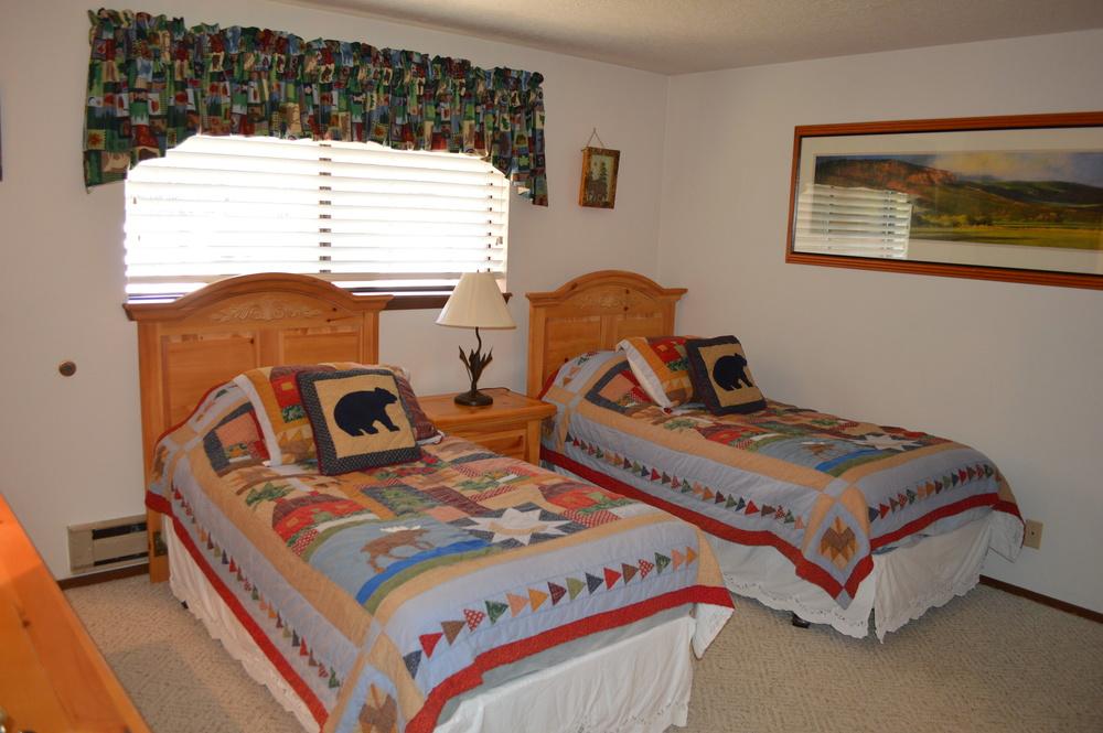11-Second Bedroom.JPG