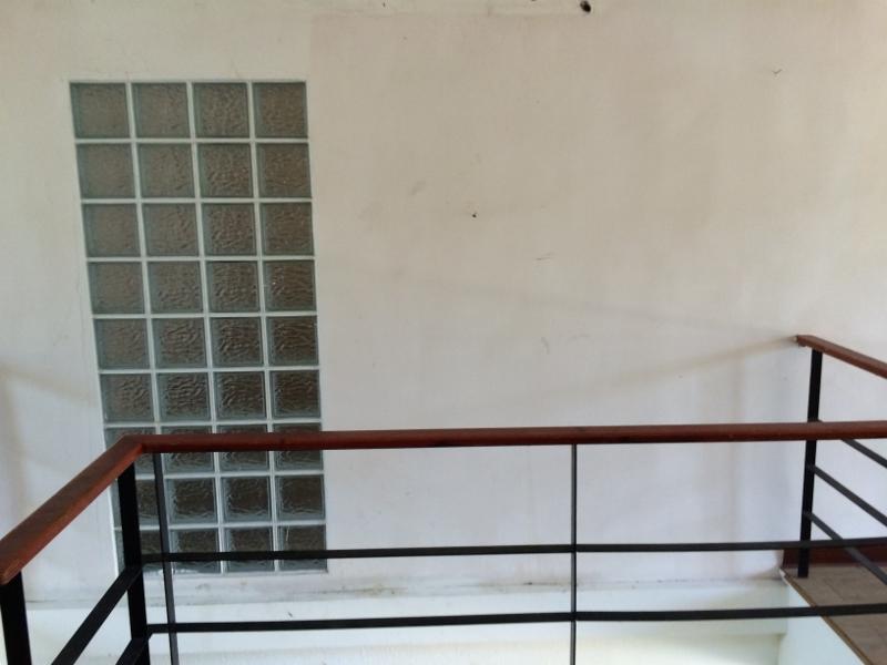 (Before>原本室內採光是使用玻璃磚)
