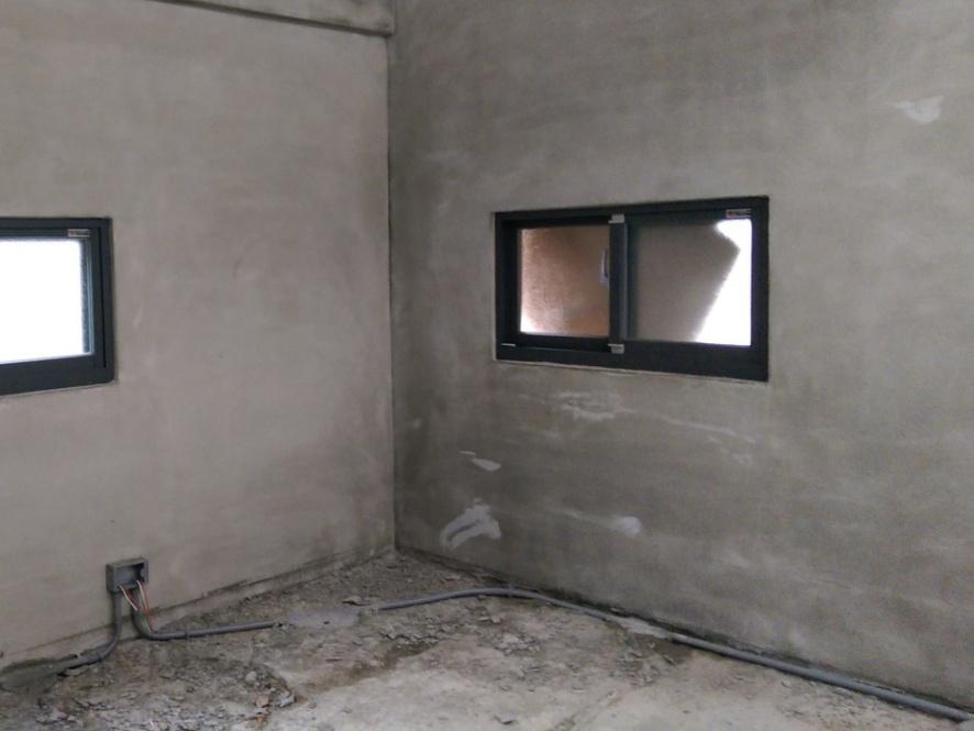 (After>>水泥粉光後變成乾淨的空間,也是睡覺的地方)