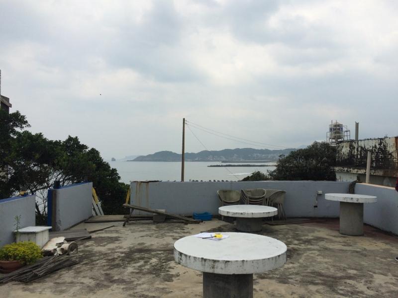 (Before>>樓頂看得出來曾經的觀景空間)