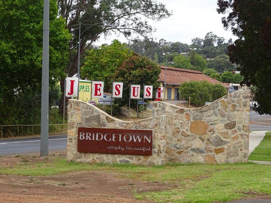 Enterance to Bridgetown_sm.jpg
