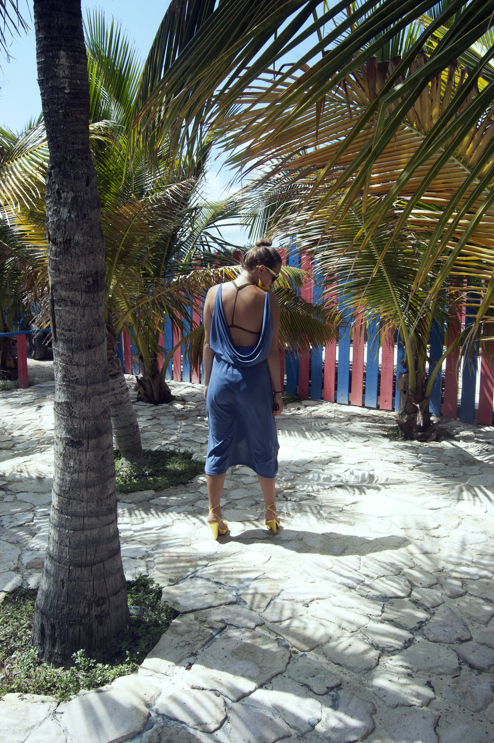 Palm trees and summer fashion