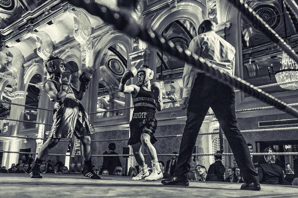 Boxer narrowly avoids powerful uppercut