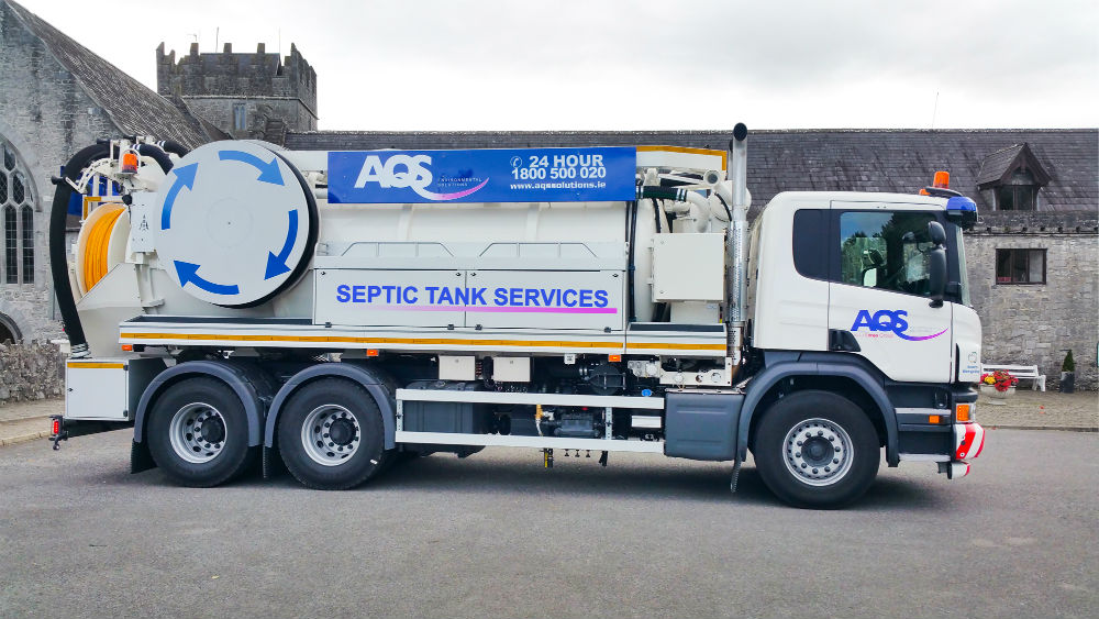 septic_tank_cleaning_truck.jpg