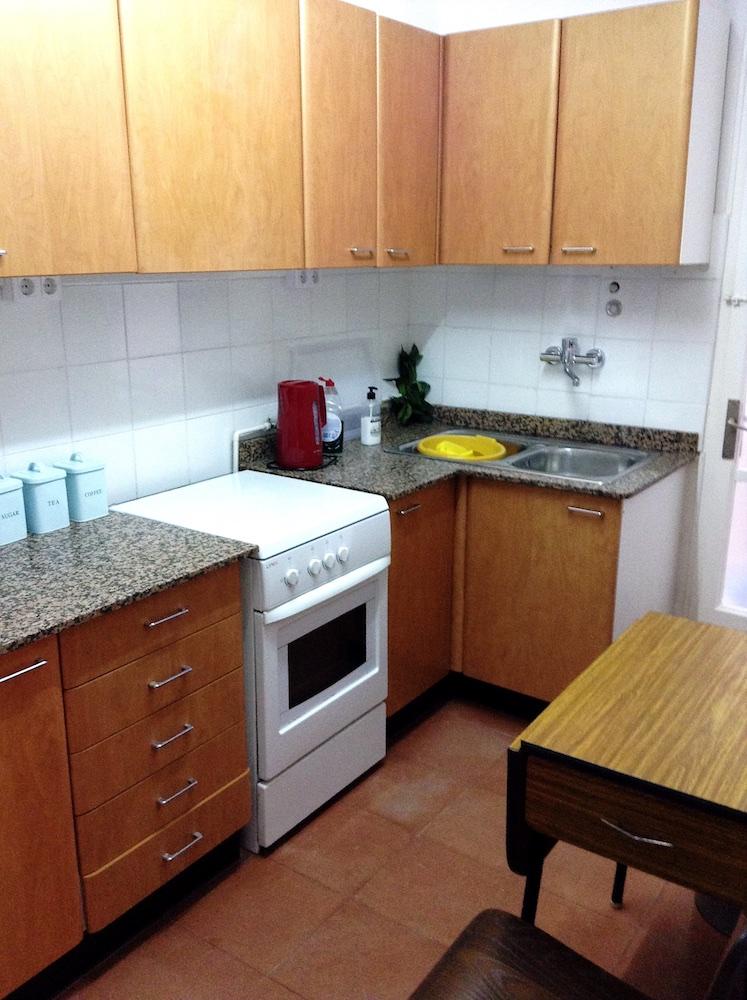 RP6 5 (Kitchen).jpg
