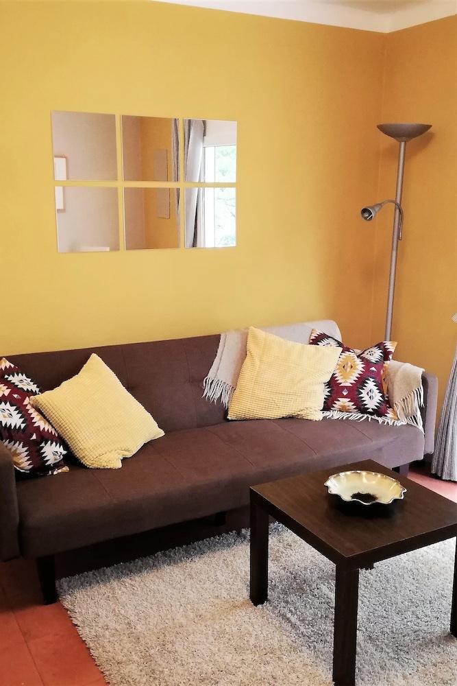 1.19 RP6 Lounge sofa.jpg