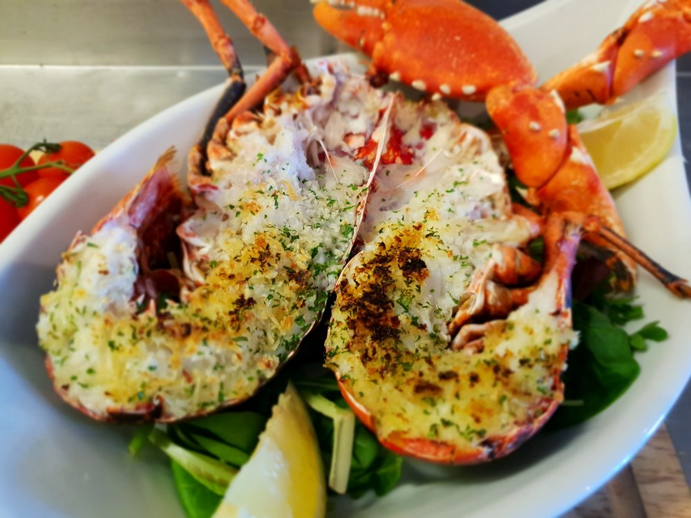 lobster gratin Taylor's seafood and burger restaurant.jpg