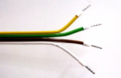 Figure 3: Relay cable & cable for power supply