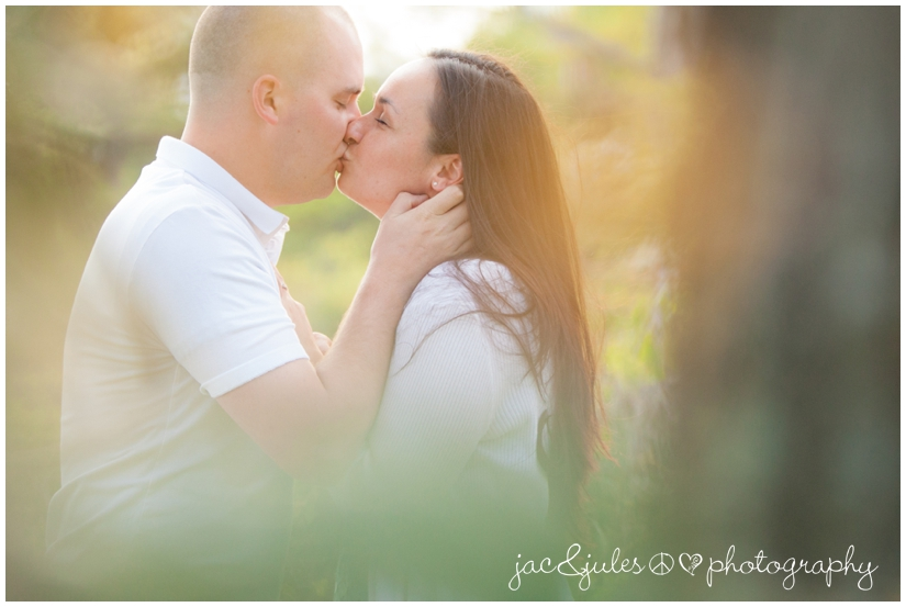 engagement-pictures-island-heights-03-jacnjules-photo.jpg