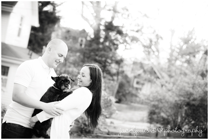 engagement-pictures-island-heights-09-jacnjules-photo.jpg