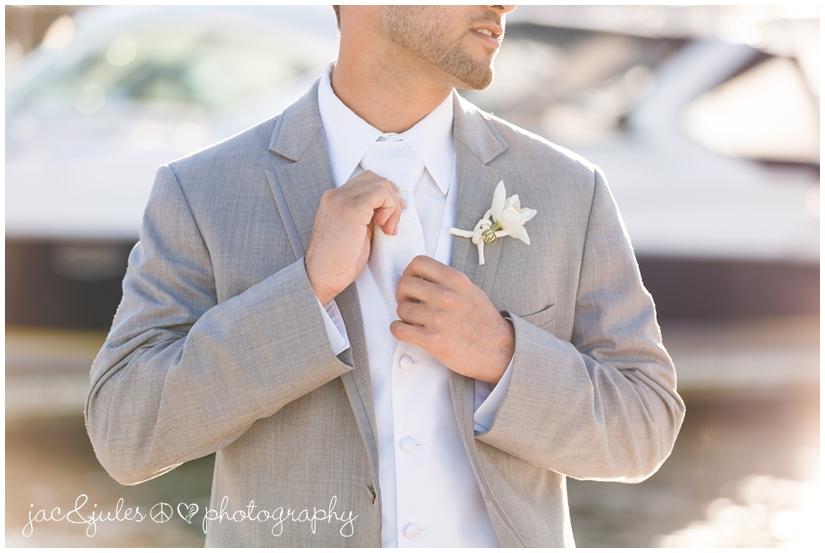jacnjules_wedding_mollypitcherinn_nautical_38_photo.jpg