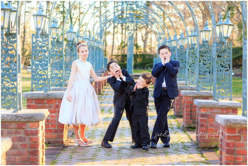 4 children at the manor by west orange, nj family photographer jacnjules