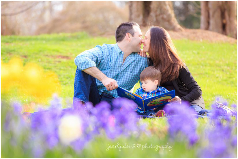 candid maternity photos with big brother by jacnjules at deep cut gardens in Holmdel, NJ