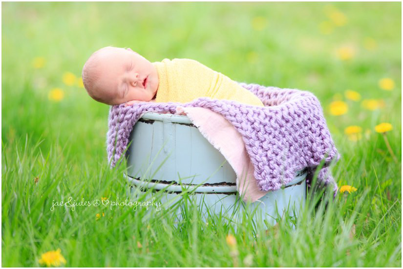 outdoor newborn baby girl photo by jacnjules in ocean county, nj